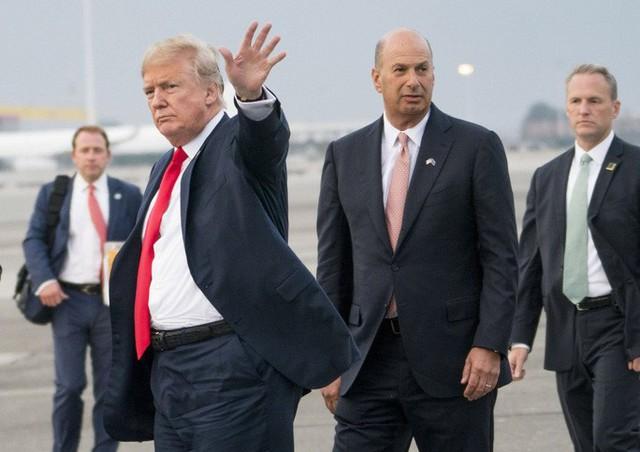 Nhà Trắng đấu rát quốc hội Mỹ trong cuộc điều tra luận tội ông Trump - Ảnh 1.
