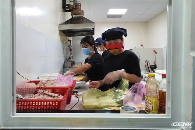 Grab đưa mô hình GrabKitchen về Việt Nam: bếp tập trung thời 4.0, rút ngắn thời gian shipper đi mua và giao - Ảnh 6.
