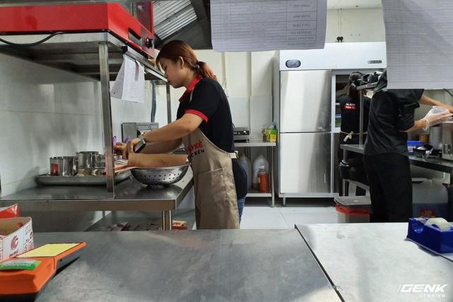 Grab đưa mô hình GrabKitchen về Việt Nam: bếp tập trung thời 4.0, rút ngắn thời gian shipper đi mua và giao - Ảnh 8.
