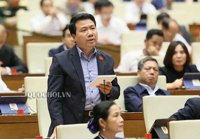 Bộ trưởng Trần Hồng Hà: Không có lợi ích nhóm khi đề nghị cho lùi thời gian thu tiền cấp quyền khai thác khoáng sản và tài nguyên nước - Ảnh 2.
