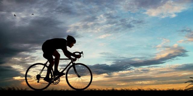 Các nghiên cứu đã chỉ ra, tập thể dục trước ăn sáng có thể đốt cháy tối đa lượng mỡ thừa vì lý do này - Ảnh 2.