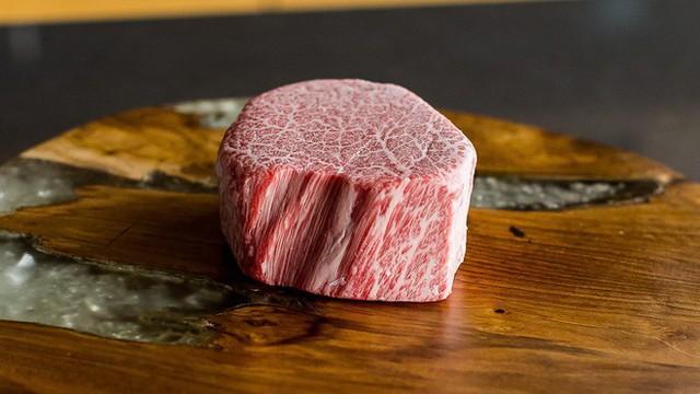 Thịt bò rất tốt, nhưng 4 nhóm người này nên kiêng để không làm cho sức khỏe tồi tệ hơn - Ảnh 2.