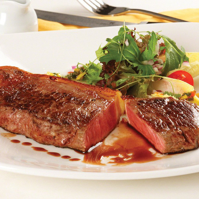 Thịt bò rất tốt, nhưng 4 nhóm người này nên kiêng để không làm cho sức khỏe tồi tệ hơn - Ảnh 3.