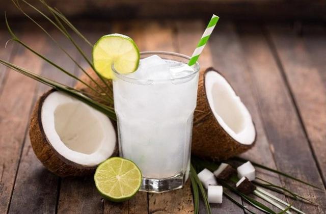 """Uống nước dừa rất tốt cho sức khỏe nhưng nếu thuộc 6 nhóm người sau thì bạn tốt nhất nên """"nhịn miệng"""" - Ảnh 3."""