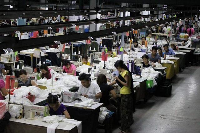 Toàn cảnh bức tranh cạnh tranh tái cơ cấu chuỗi cung ứng Đông Nam Á: Những ai cạnh tranh ngang tầm và những ai đang tụt hậu so với Việt Nam? - Ảnh 1.