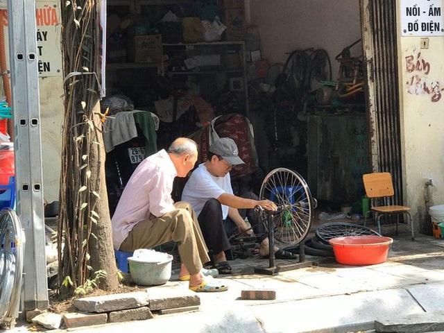 Cận cảnh cuộc sống người dân quanh nhà máy Rạng Đông sau tẩy độc - Ảnh 7.