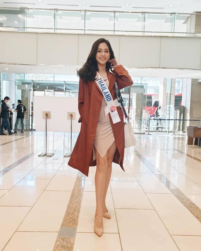 Tân Hoa hậu Quốc tế 2019: Biết là xinh đẹp nhưng nhan sắc ít phấn son mới gây bất ngờ, style cũng chất chẳng kém ai - Ảnh 2.
