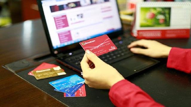 Chuyển tiền nhầm tài khoản: Có thể phong tỏa tài khoản lấy lại tiền cho khách - Ảnh 1.