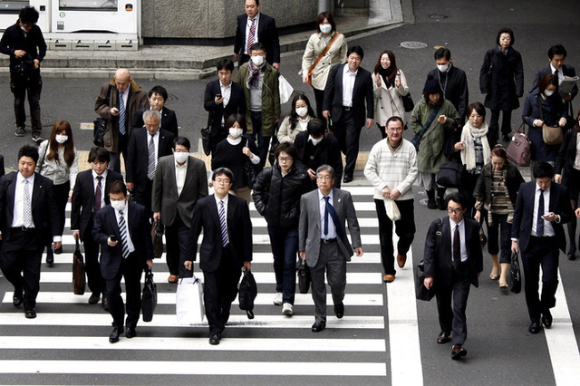 Nghìn lẻ một bí quyết giúp tiết kiệm tiền, bảo vệ sức khỏe và môi trường của hội công sở Nhật Bản - Ảnh 1.