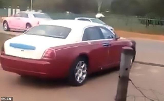 Phẫn nộ khi vua mua dàn xe sang tặng 14 bà vợ  - Ảnh 3.