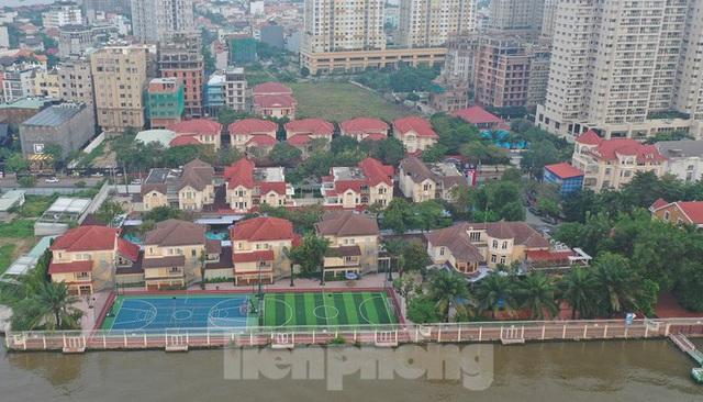 Cận cảnh biệt thự, chung cư cao cấp Thảo Điền bức tử sông Sài Gòn - Ảnh 1.