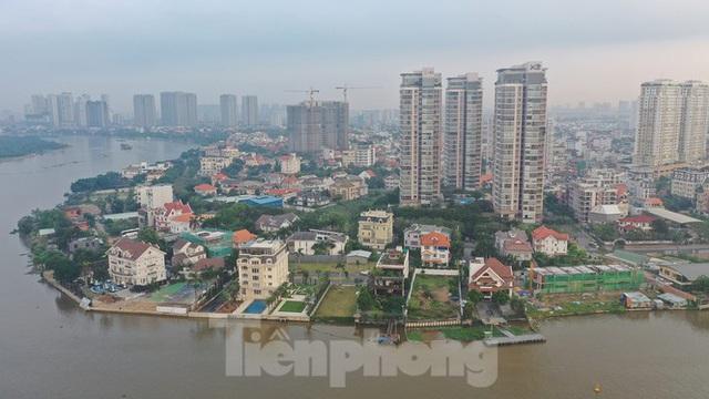 Cận cảnh biệt thự, chung cư cao cấp Thảo Điền bức tử sông Sài Gòn - Ảnh 4.