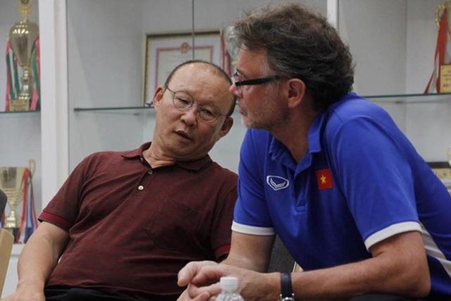 Trở về từ Malaysia, điệp viên cao cấp lập tức bàn kế đấu Thái Lan với HLV Park Hang-seo - Ảnh 1.