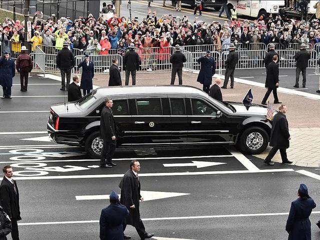 """Vụ ám sát tổng thống Kennedy đã """"cách mạng hóa"""" những chiếc xe chuyên chở các Tổng thống như thế nào? - Ảnh 8."""