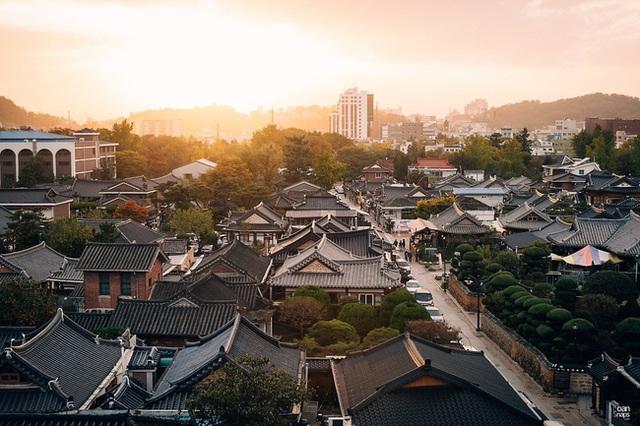 Văn hóa nunchi: Khi sự tinh tế, cách ứng xử khéo léo chỉ gói gọn trong một ánh nhìn nhưng mang lại thành công và hạnh phúc cho người Hàn Quốc - Ảnh 1.