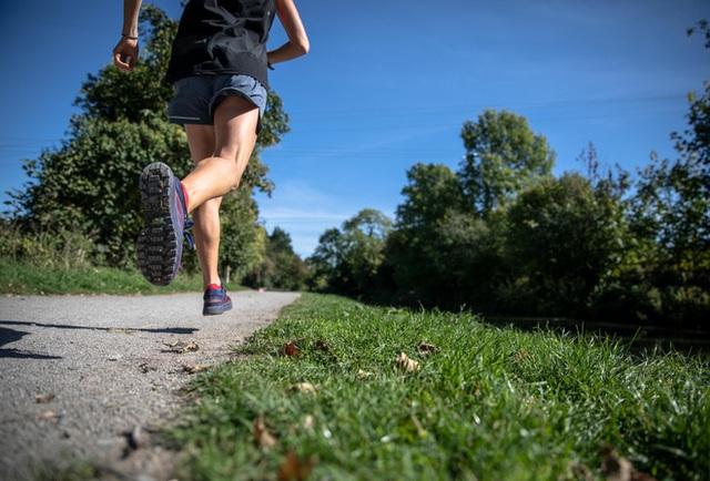 Khảo sát trên 230.000 người trong khoảng từ 5-35 năm chứng minh chạy bộ tốt đến như thế nào cho sức khỏe - Ảnh 2.