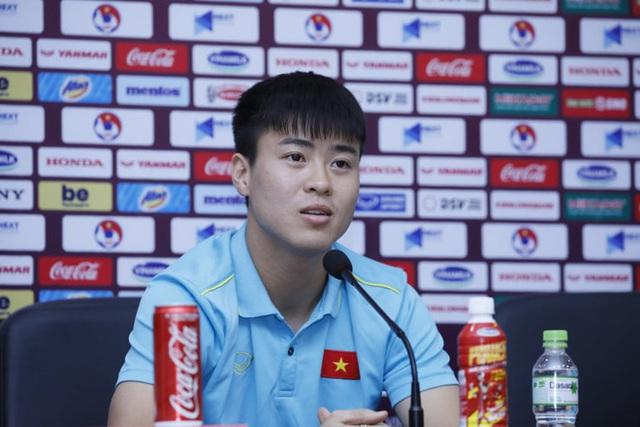 HLV Park Hang-seo: Chanathip đá được ở Nhật, chẳng có lý do gì Quang Hải không đá được - Ảnh 4.