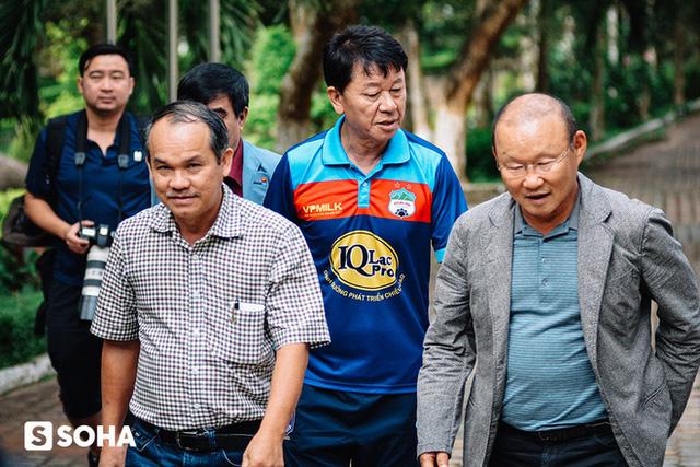 Bầu Đức: Tôi bỏ tiền tỷ làm bóng đá Việt cũng chỉ vì Thái Lan! - Ảnh 1.