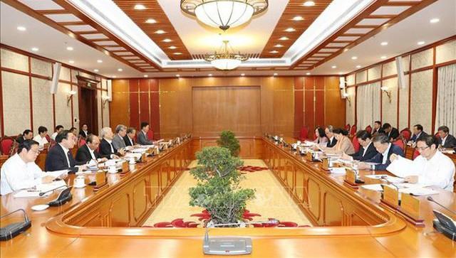 Tổng Bí thư, Chủ tịch nước Nguyễn Phú Trọng chủ trì họp Bộ Chính trị - Ảnh 2.