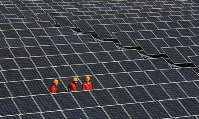 Việt Nam dẫn đầu khu vực về điện năng lượng mặt trời - Ảnh 1.