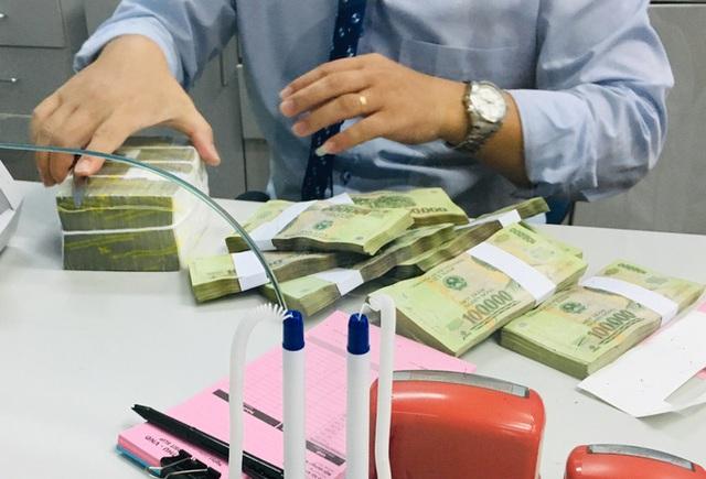 Để lãi suất vượt trần, sếp ngân hàng sẽ bị cách chức - Ảnh 1.