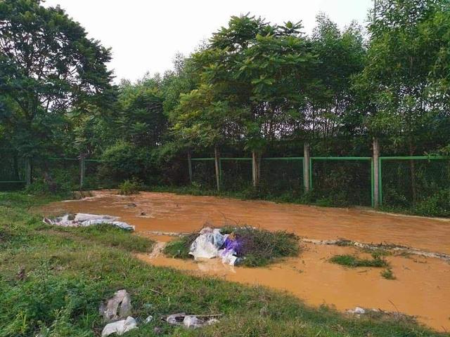Đường ống nước sạch sông Đà lại vỡ, Viwasupco ngừng cấp nước tối nay  - Ảnh 4.