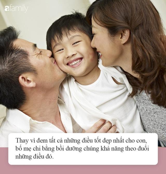 """""""Nhà mình có giàu không ạ?"""": Câu trả lời khác nhau của 2 ông bố khiến cuộc đời con cái rẽ theo 2 hướng trái ngược - Ảnh 3."""