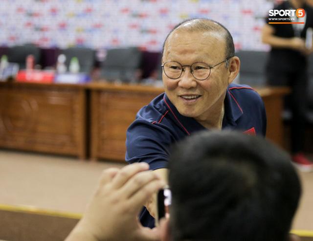 HLV Park Hang-seo: Tôi từng cảnh cáo một vài cầu thủ Việt Nam, nhắc họ đừng làm tôi thất vọng  - Ảnh 1.