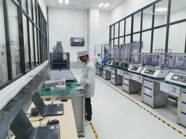 Khám phá tổ hợp nhà máy Vsmart mới tại Hòa Lạc được kỳ vọng đưa Vingroup thành cái tên đáng gớm trong ngành sản xuất smartphone - Ảnh 3.