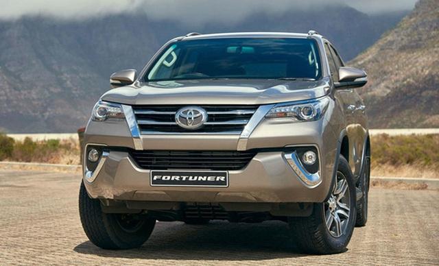 Ô tô Nhật, Hàn dồn dập giảm giá, ít nhất vài chục triệu/chiếc - Ảnh 1.