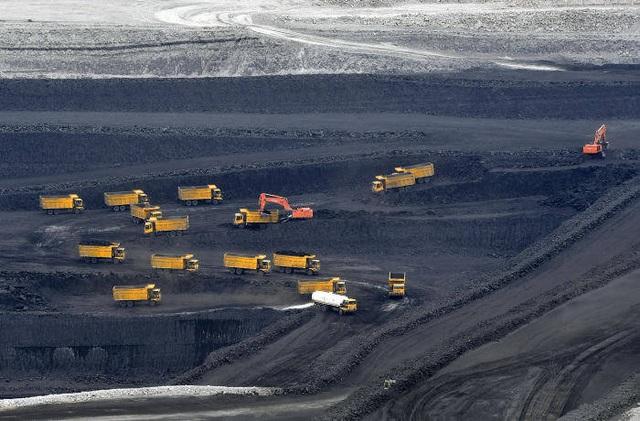 Trung Quốc đổi chính sách về năng lượng sạch, khiến công ty đầu ngành chìm trong cảnh vỡ nợ - Ảnh 3.