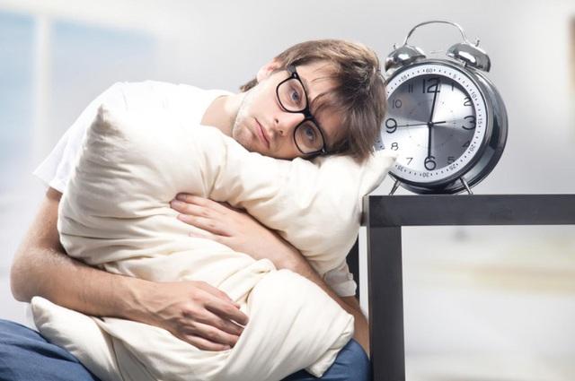 Nếu có 7 dấu hiệu này, hãy cẩn thận vì bạn có thể mắc phải chứng rối loạn lưỡng cực: Đừng coi thường căn bệnh khiến tâm trạng thất thường, khi hưng phấn lúc trầm cảm này! - Ảnh 1.