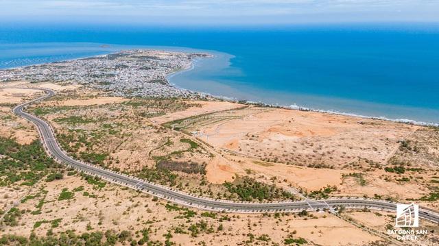Toàn cảnh cung đường nghìn tỷ ven biển Bình Thuận, nơi đang thu hút mạnh dòng vốn đầu tư dự án lớn - Ảnh 2.