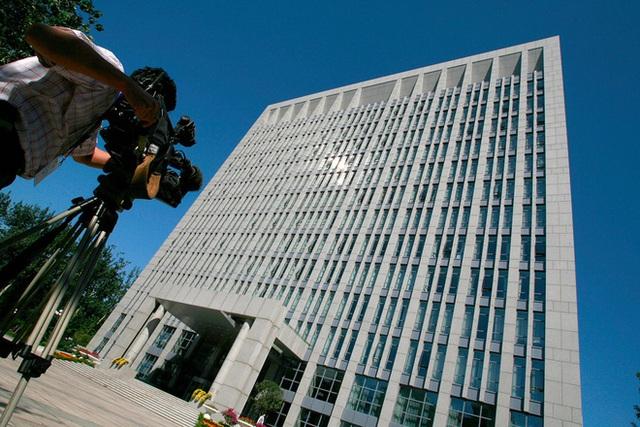 Tòa nhà không tên do quân đội bảo vệ ở Bắc Kinh trở thành nỗi khiếp sợ của quan tham Trung Quốc ra sao? - Ảnh 1.
