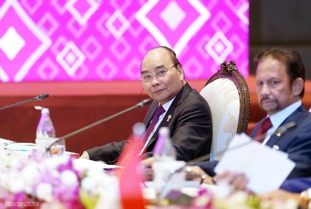 Chùm ảnh: Thủ tướng dự Hội nghị cấp cao ASEAN và gặp lãnh đạo các nước - Ảnh 2.