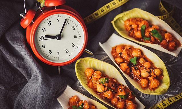 Chế độ ăn kiêng doanh nhân mang đến hiệu quả giảm cân tối đa, đồng thời đẩy mạnh năng suất của bộ não - Ảnh 3.