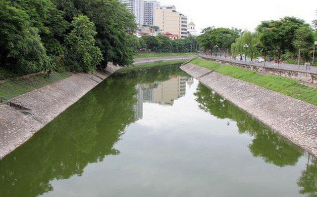 Chi 150 tỷ bơm nước sông Hồng hồi sinh Tô Lịch, chưa nước nào làm - Ảnh 1.