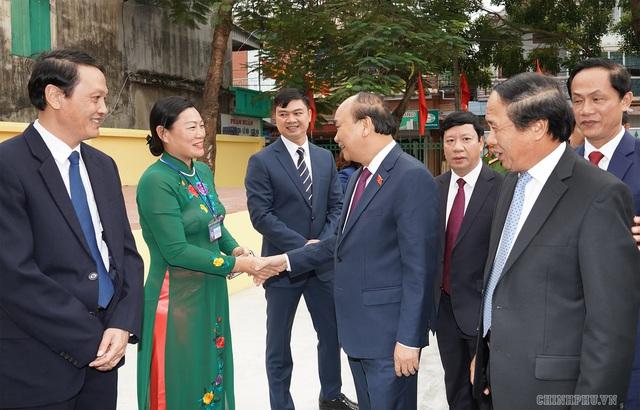 Hình ảnh Thủ tướng tiếp xúc cử tri Hải Phòng - Ảnh 3.