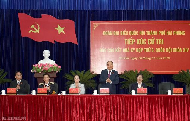 Hình ảnh Thủ tướng tiếp xúc cử tri Hải Phòng - Ảnh 8.