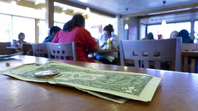 Chuyên gia tiết lộ 10 tuyệt chiêu rút cạn hầu bao khách hàng đang được các nhà hàng áp dụng - Ảnh 4.