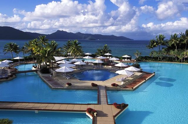Nhà đầu tư lớn rót hàng tỷ USD mua bán các khách sạn - Ảnh 1.