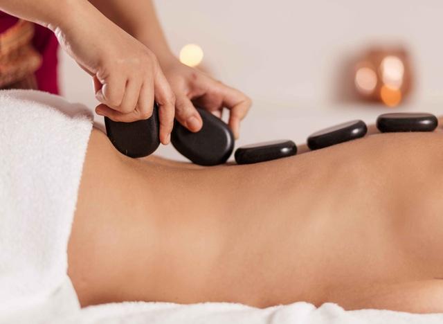 8 phương pháp massage đặc biệt giúp bạn giảm đau vùng lưng và cổ hiệu quả, không cần dùng thuốc - Ảnh 3.