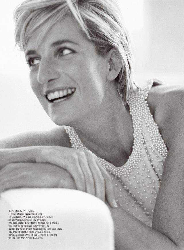 Ngắm bộ ảnh chân dung cuối cùng của Công nương Diana - vẻ đẹp rạng rỡ của sự tự do nhưng cũng là kí ức nhói đau trong lòng 2 Hoàng tử - Ảnh 3.