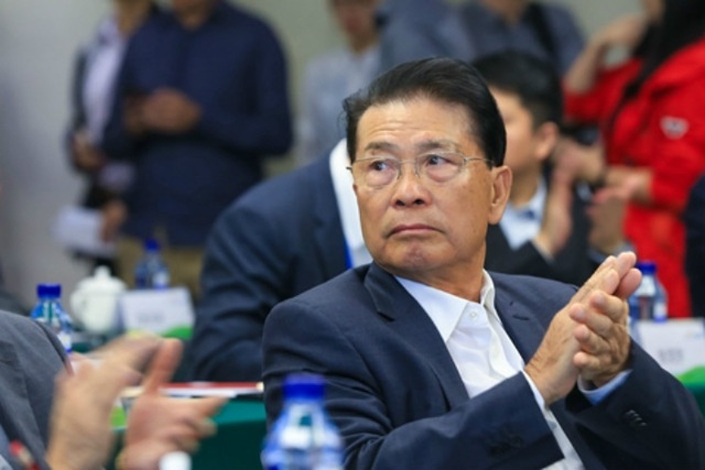 10 tỷ phú giàu nhất Trung Quốc 2019, Jack Ma vẫn dẫn đầu - Ảnh 5.