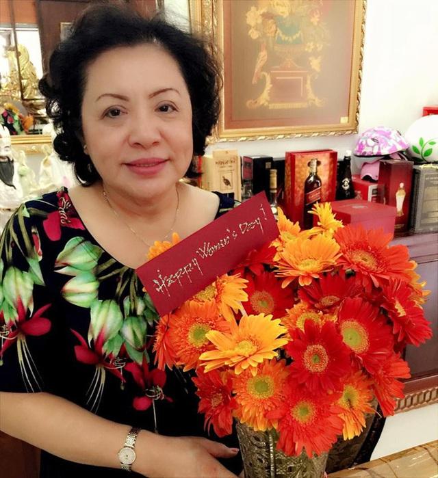 Hé lộ gia thế giàu có của Ông Cao Thắng - chồng ca sĩ Đông Nhi: Thiếu gia tập đoàn nhựa danh tiếng ở Sài Gòn, sở hữu 1 đội bóng, 1 công ty giải trí hàng đầu showbiz Việt - Ảnh 6.