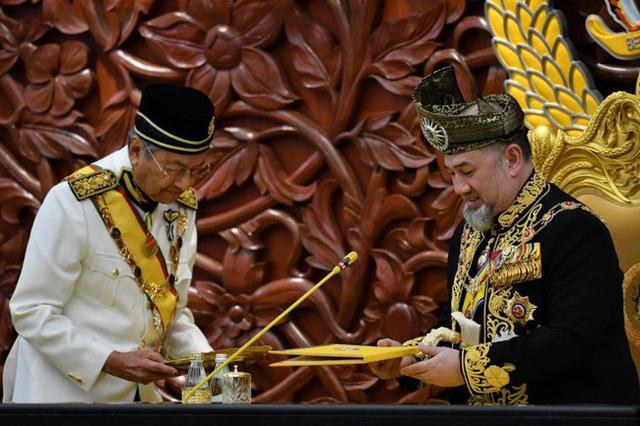 Những sự kiện hoàng gia nổi bật nhất trong năm 2019 khiến truyền thông quốc tế và công chúng chao đảo  - Ảnh 1.