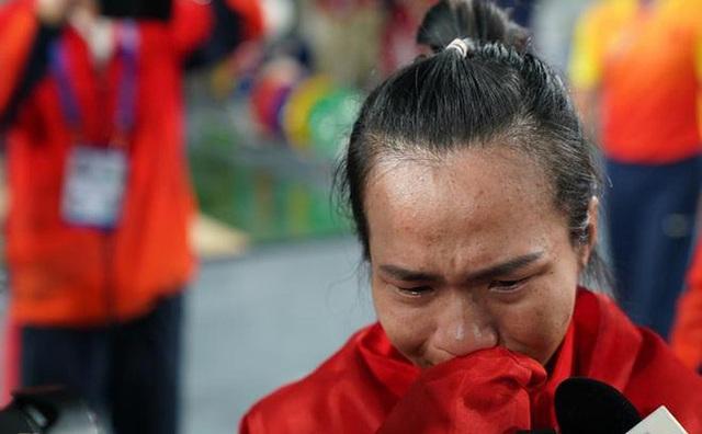 SEA Games 30: Góc khuất của những tấm huy chương và giọt nước mắt xót xa của các nữ vận động viên mang vinh quang về cho thể thao nước nhà  - Ảnh 5.