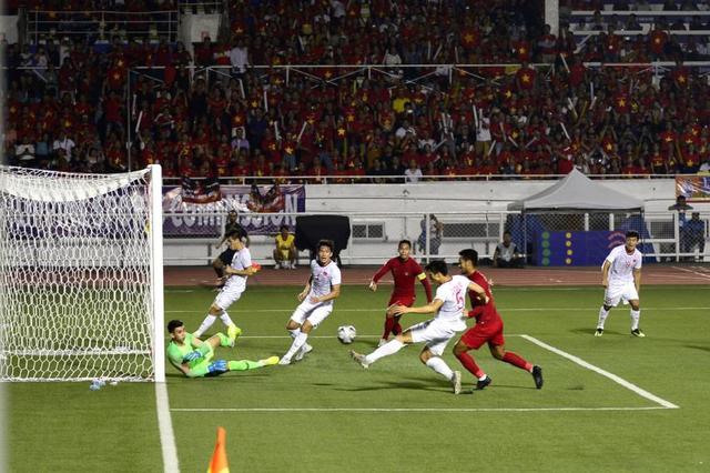LIVE SEA Games 30: Thắng Indonesia 3-0, Việt Nam giành Huy chương vàng Bóng đá nam - Ảnh 26.