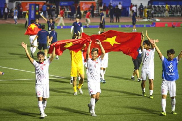 LIVE SEA Games 30: Thắng Indonesia 3-0, Việt Nam giành Huy chương vàng Bóng đá nam - Ảnh 29.