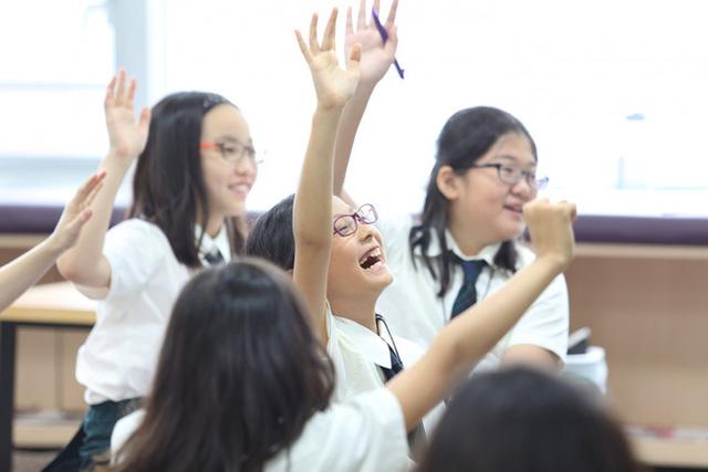 Học sinh lớp 1 trả lời 11 - 4 = 7 bị đánh giá là sai, phụ huynh phẫn nộ tìm giáo viên thì nhận được lời giải thích bất ngờ  - Ảnh 2.